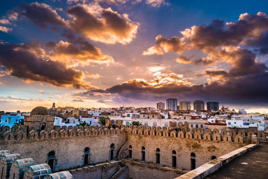 Tunesien bei Nacht